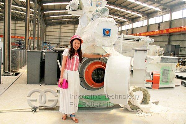 Rita In The Factory